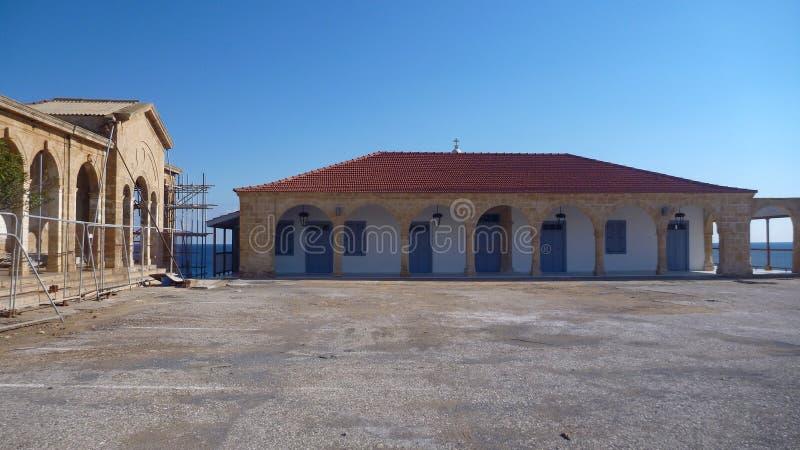 Όμορφη εκκλησία Απόστολος Ανδρέας στη χερσόνησο karpasia στοκ φωτογραφίες