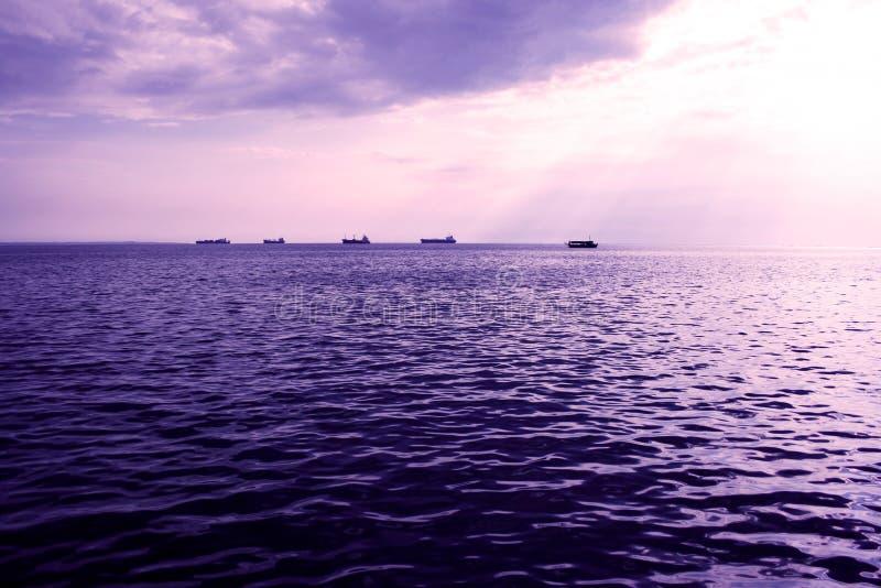 όμορφη ελαφριά θάλασσα στοκ φωτογραφία με δικαίωμα ελεύθερης χρήσης