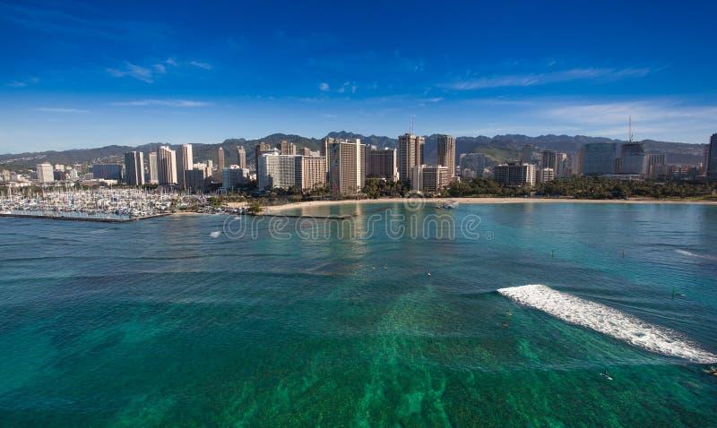 Όμορφη εναέρια άποψη της παραλίας Waikiki στοκ φωτογραφία
