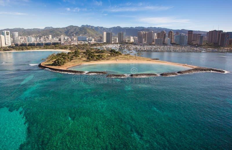 Όμορφη εναέρια άποψη του νησιού Oahu Χαβάη αγγέλου παραλιών Waikiki στοκ εικόνες