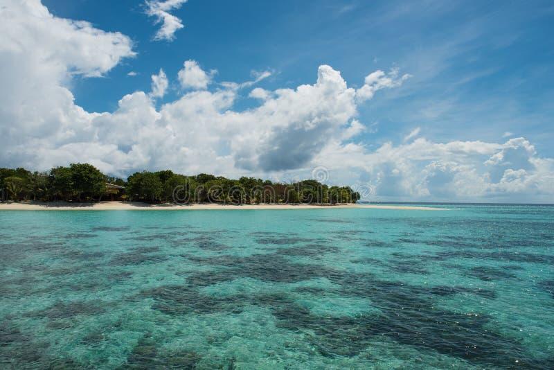 Όμορφη ημέρα στο νησί Pom Pom στοκ εικόνες