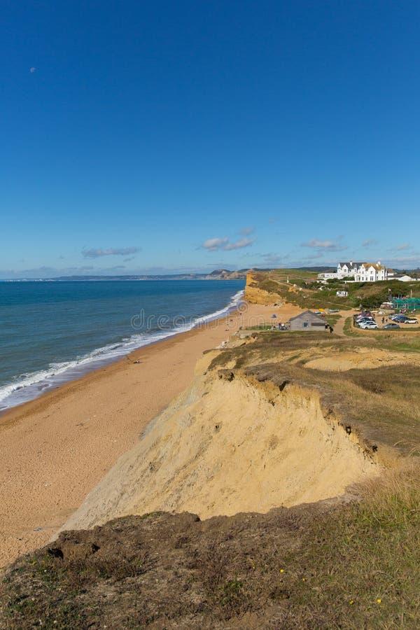 Όμορφη ιουρασική ακτή Bradstock Dorset Αγγλία UK Burton με το μπλε ουρανό και τη θάλασσα στοκ εικόνες με δικαίωμα ελεύθερης χρήσης