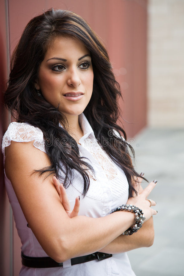 Όμορφη ισπανική επιχειρηματίας στοκ φωτογραφία με δικαίωμα ελεύθερης χρήσης