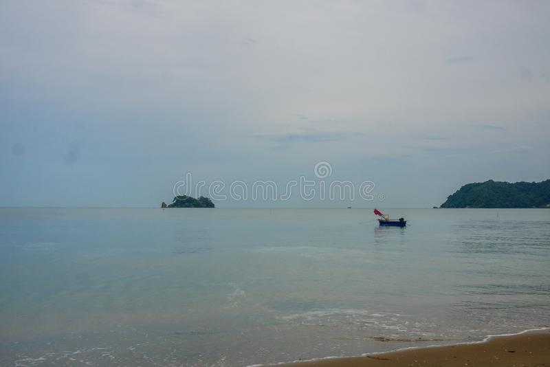 Όμορφη και ειρηνική παραλία σε Chanthaburi, Ταϊλάνδη στοκ εικόνα