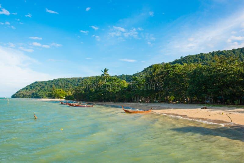 Όμορφη και ιδιωτική ακτή σε Phuket στοκ εικόνες