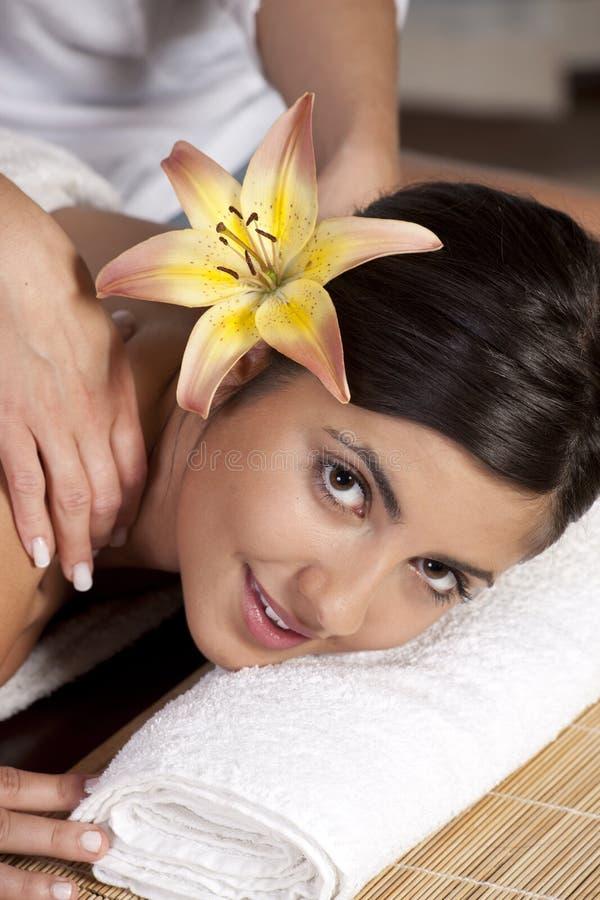 όμορφη κυρία salon spa στοκ εικόνες