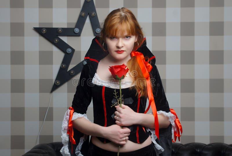Όμορφη κυρία vamp στοκ εικόνες με δικαίωμα ελεύθερης χρήσης