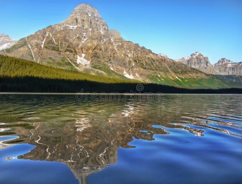 Όμορφη λίμνη Moraine, Canadian Rockies, εθνικό πάρκο Banff, Αλμπέρτα, Καναδάς στοκ εικόνες