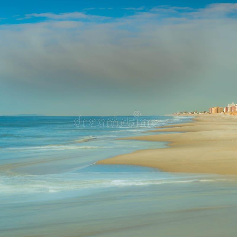 Όμορφη μακρινή παραλία Rockaway των βασιλισσών, NYC στοκ εικόνες με δικαίωμα ελεύθερης χρήσης