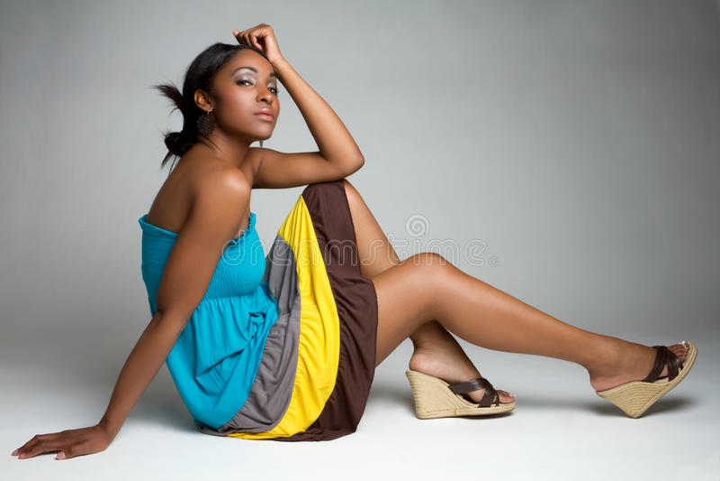 όμορφη μαύρη γυναίκα στοκ εικόνα με δικαίωμα ελεύθερης χρήσης
