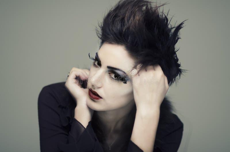 Όμορφο πρότυπο μόδας στοκ εικόνες με δικαίωμα ελεύθερης χρήσης