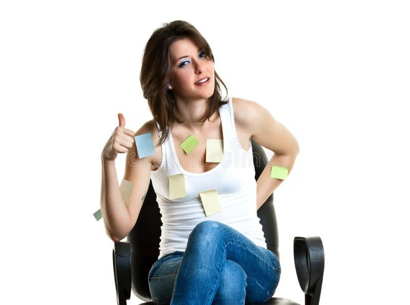 Όμορφη νέα γυναίκα στην εργασία στοκ φωτογραφίες με δικαίωμα ελεύθερης χρήσης
