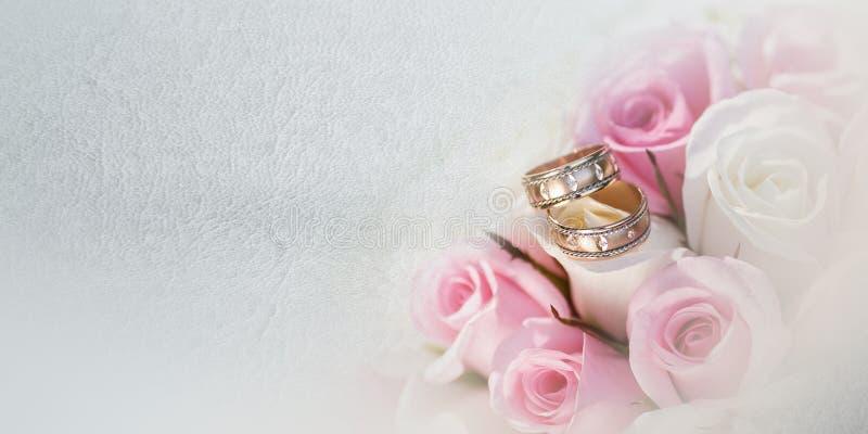 Όμορφη νυφική ανθοδέσμη των διάφορων λουλουδιών στοκ φωτογραφίες με δικαίωμα ελεύθερης χρήσης