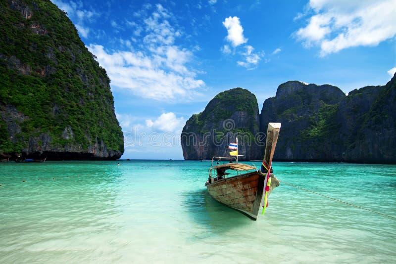 όμορφη ουρά θάλασσας βαρ&kap στοκ εικόνα με δικαίωμα ελεύθερης χρήσης