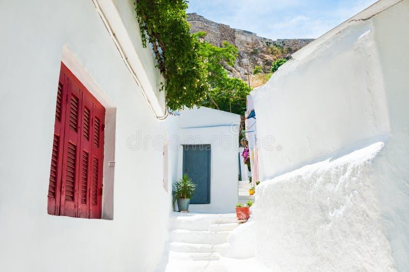 Download Όμορφη οδός στην Αθήνα, Ελλάδα Στοκ Εικόνες - εικόνα από πάροδος, ελλάδα: 62717064