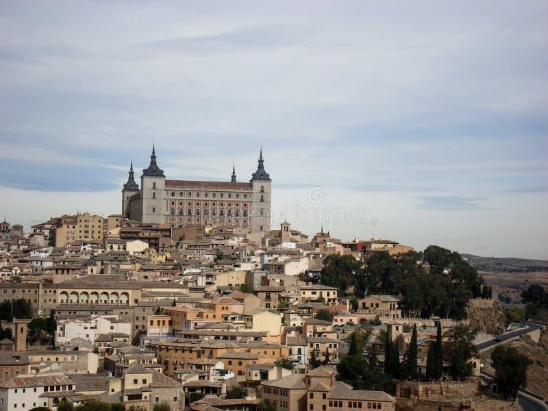 Όμορφη πανοραμική άποψη της πόλης του Τολέδο στην Ισπανία στοκ εικόνα με δικαίωμα ελεύθερης χρήσης