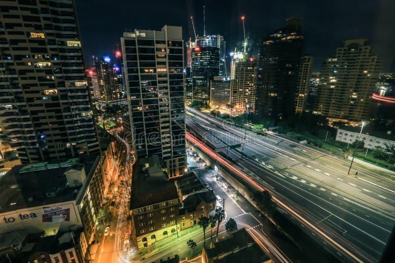 Όμορφη σκηνή νύχτας πόλεων του Σίδνεϊ στοκ εικόνες