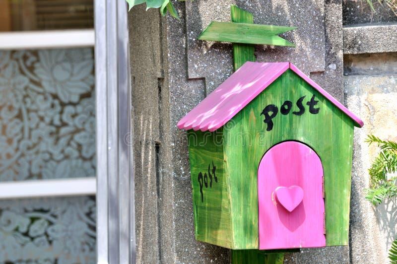 Όμορφη ταχυδρομική θυρίδα Στοκ Φωτογραφία