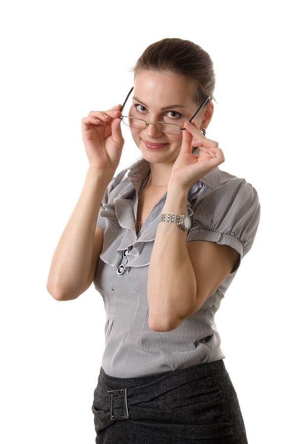 όμορφη φθορά γυαλιών brunette στοκ εικόνες
