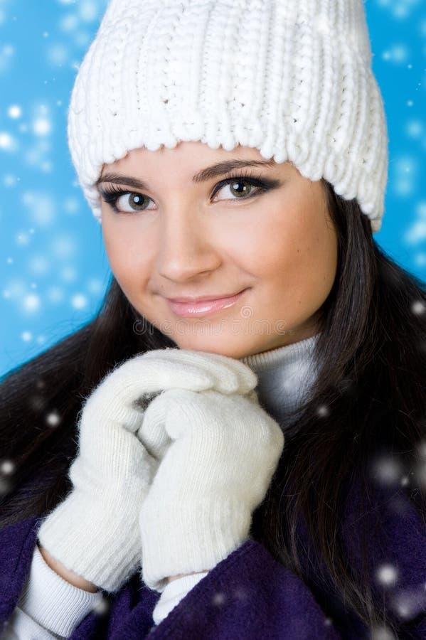 όμορφη χειμερινή γυναίκα μό& στοκ εικόνες με δικαίωμα ελεύθερης χρήσης