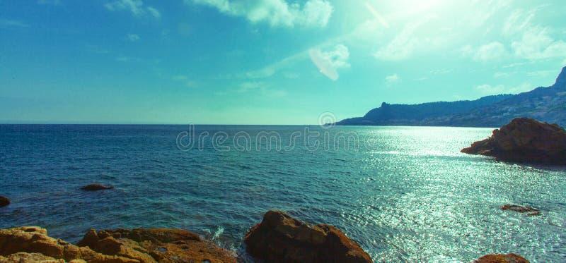 Όμορφη ωκεάνια ακτή στο belyouneche, στοκ φωτογραφία με δικαίωμα ελεύθερης χρήσης