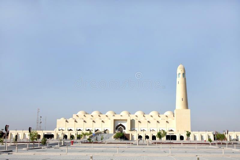 Όμορφη όψη του μεγάλου μουσουλμανικού τεμένους Doha, Κατάρ στοκ εικόνες