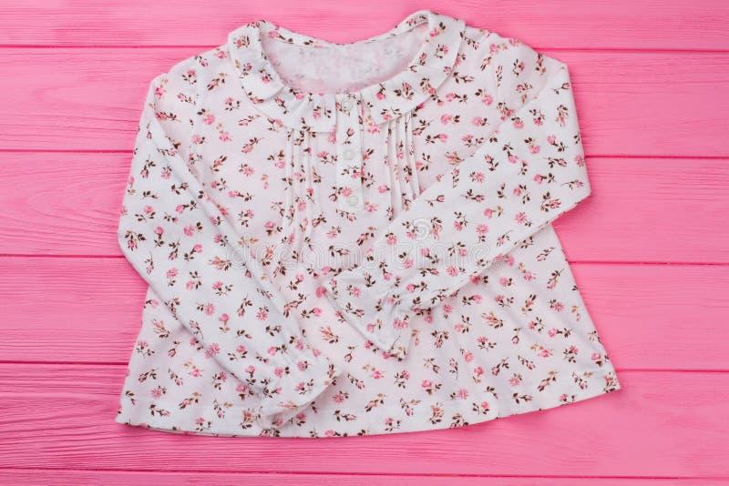 Όμορφη floral κορυφή στο ροζ στοκ φωτογραφίες με δικαίωμα ελεύθερης χρήσης