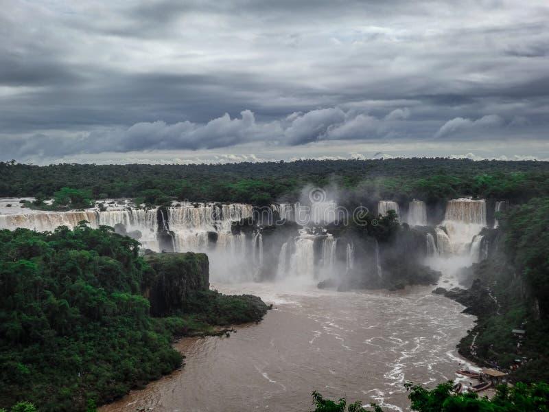 Όμορφοι καταρράκτες Iguazu στοκ φωτογραφία