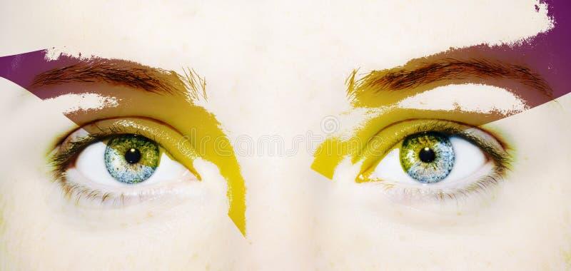 Όμορφος ένας οξυδερκής φαίνεται μάτι Κλείστε αυξημένος στοκ εικόνες