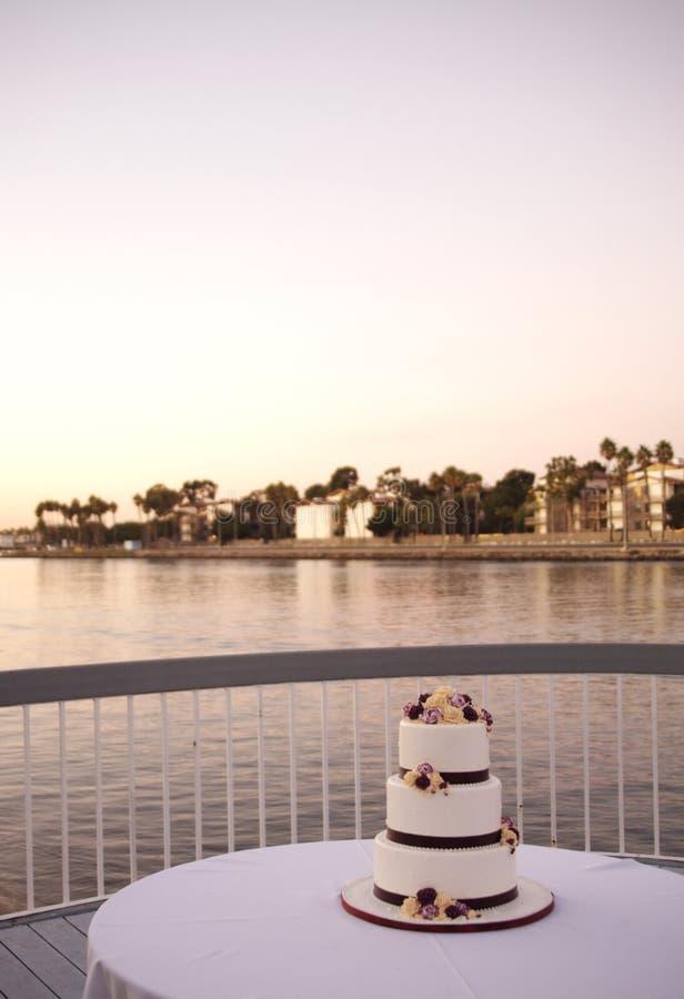 όμορφος γάμος κέικ στοκ φωτογραφίες
