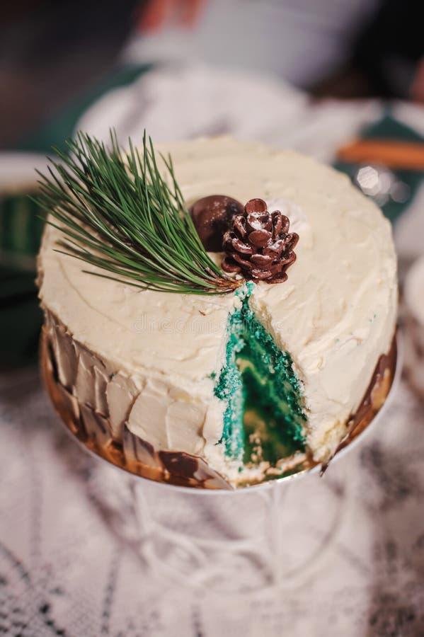 όμορφος γάμος κέικ στοκ εικόνα με δικαίωμα ελεύθερης χρήσης