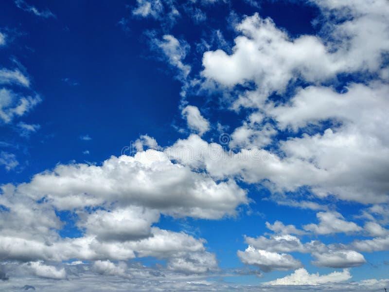 Όμορφος δυναμικός ουρανός στοκ εικόνες