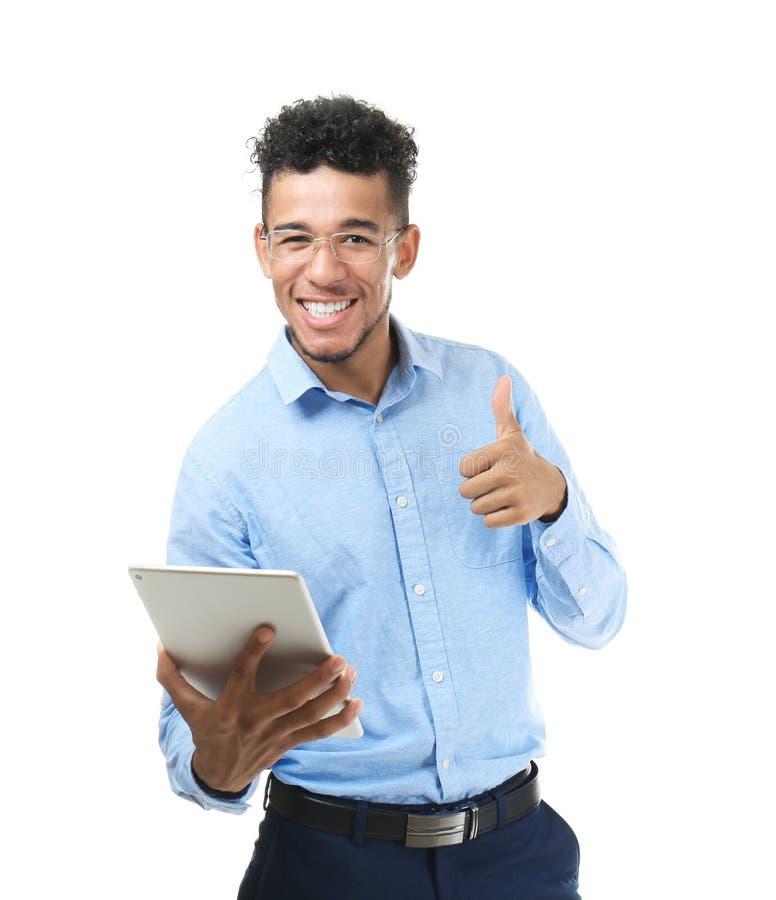Όμορφος επιχειρηματίας αφροαμερικάνων με τον υπολογιστή ταμπλετών στο άσπρο υπόβαθρο στοκ φωτογραφία με δικαίωμα ελεύθερης χρήσης