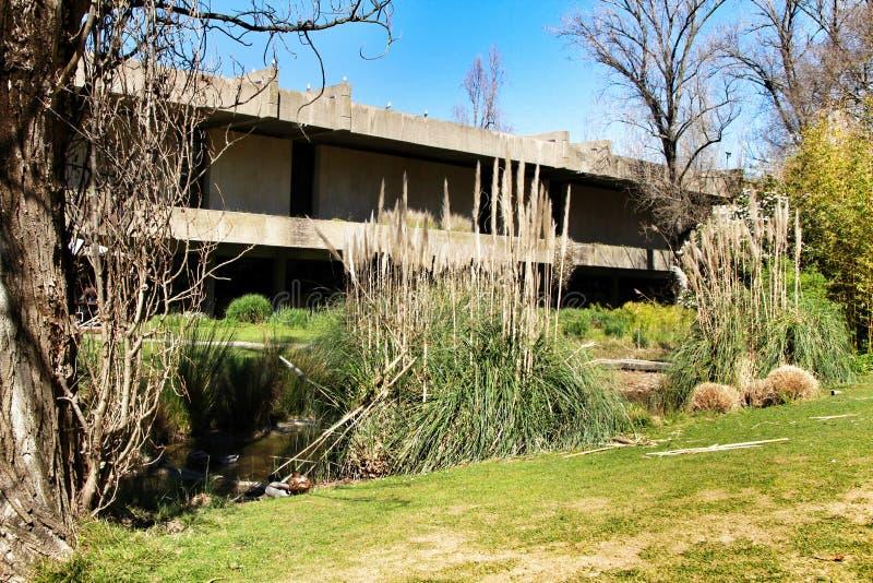 Όμορφος κήπος του μουσείου Gulbenkian στη Λισσαβώνα στοκ εικόνες