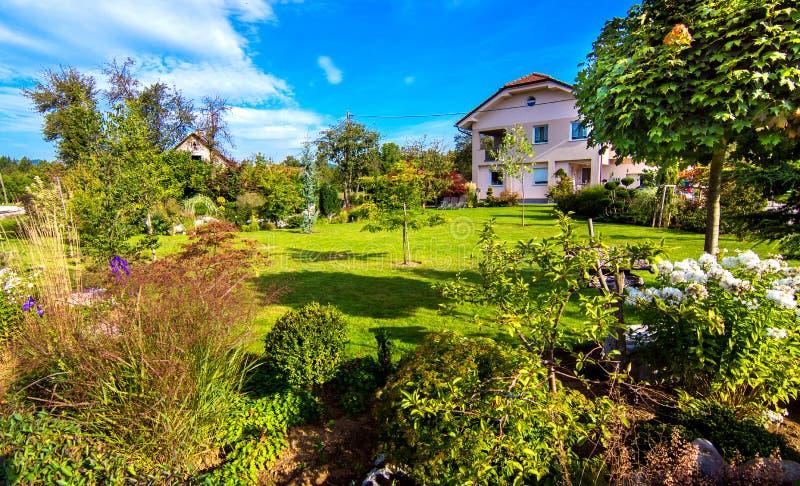 όμορφος κήπος στοκ εικόνες με δικαίωμα ελεύθερης χρήσης