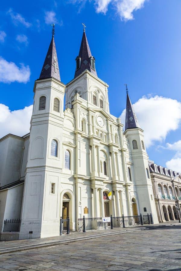 Όμορφος καθεδρικός ναός του Saint-Louis στη γαλλική συνοικία σε νέο Orl στοκ εικόνα