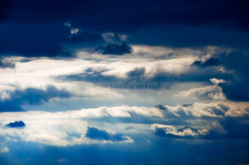 όμορφος μπλε ουρανός σύνν&e στοκ εικόνες με δικαίωμα ελεύθερης χρήσης