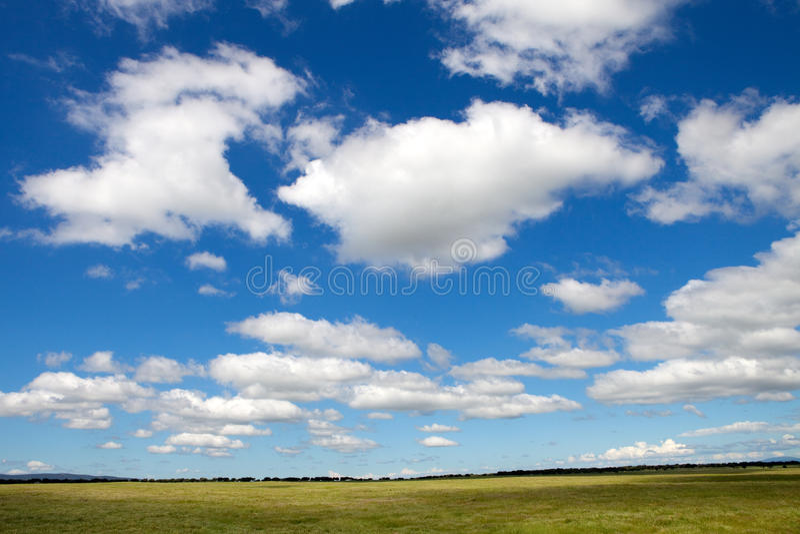 όμορφος ουρανός τοπίων στοκ εικόνες