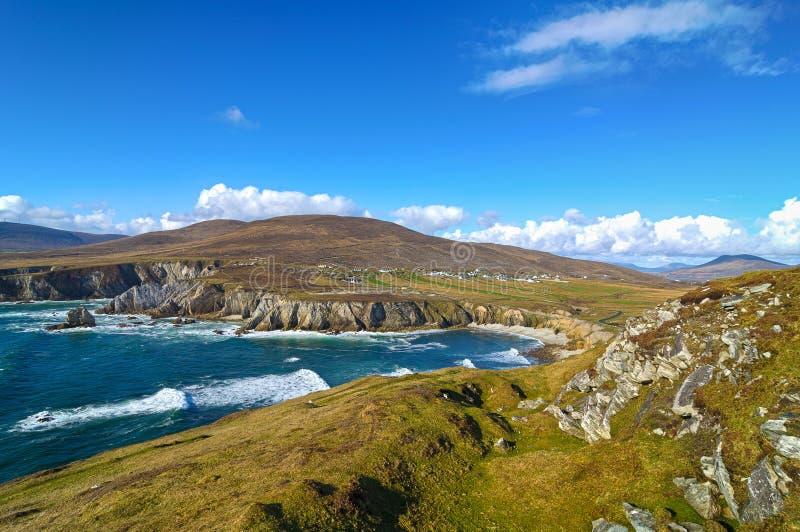 Όμορφο αγροτικό ιρλανδικό τοπίο φύσης χωρών από την Ιρλανδία στοκ εικόνες με δικαίωμα ελεύθερης χρήσης