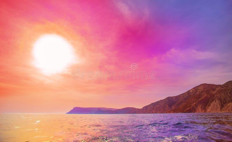 Όμορφο ακρωτήριο στη θάλασσα στοκ εικόνες με δικαίωμα ελεύθερης χρήσης