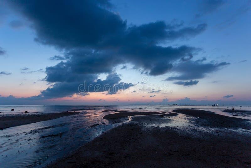 όμορφο ηλιοβασίλεμα θάλ&a Νησί Samui, Suratthani, Ταϊλάνδη στοκ εικόνες με δικαίωμα ελεύθερης χρήσης