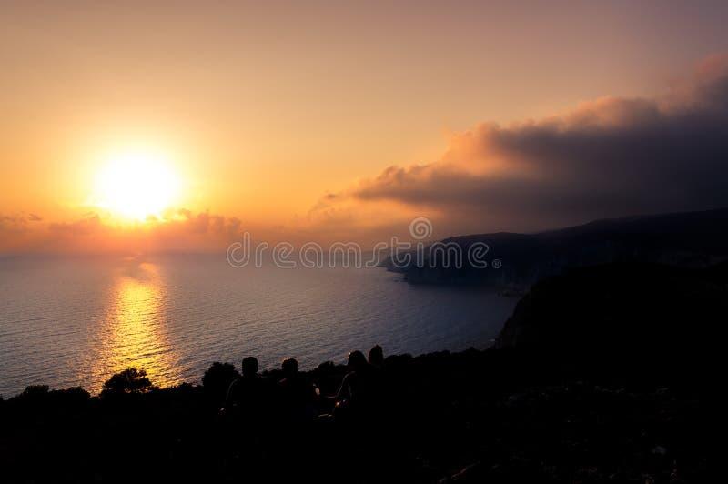 Όμορφο ηλιοβασίλεμα στους απότομους βράχους του Keri στο νησί Ζάκυνθος στοκ φωτογραφία με δικαίωμα ελεύθερης χρήσης