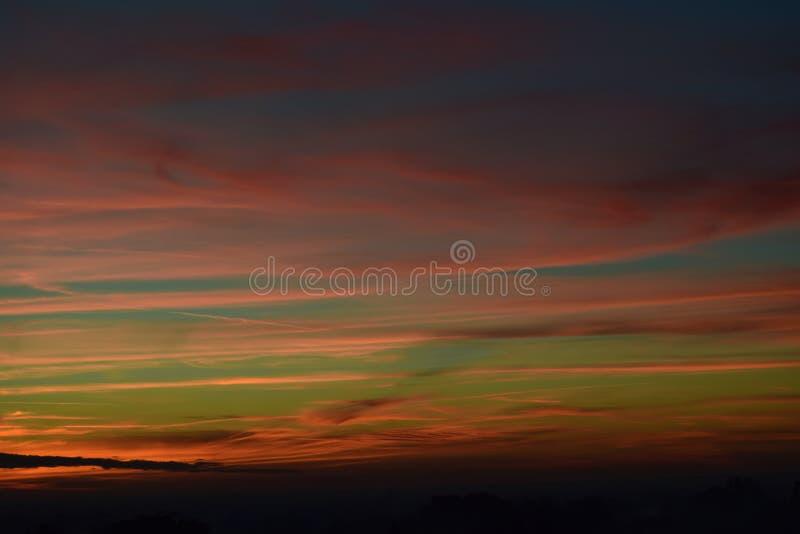 όμορφο ηλιοβασίλεμα ουρανού στοκ εικόνες με δικαίωμα ελεύθερης χρήσης