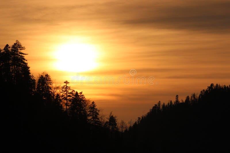 όμορφο ηλιοβασίλεμα στοκ φωτογραφίες
