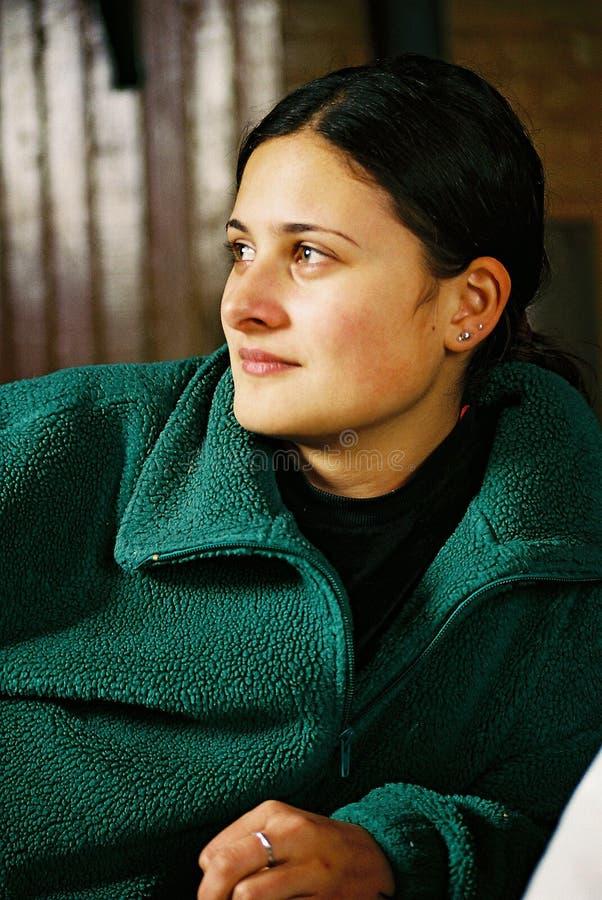 όμορφο κορίτσι που σκέφτ&epsilo Στοκ Εικόνα