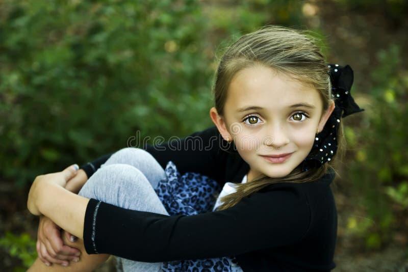 όμορφο κορίτσι brunette στοκ εικόνα