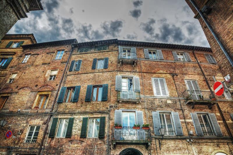 Όμορφο κτήριο στη Σιένα στοκ φωτογραφίες