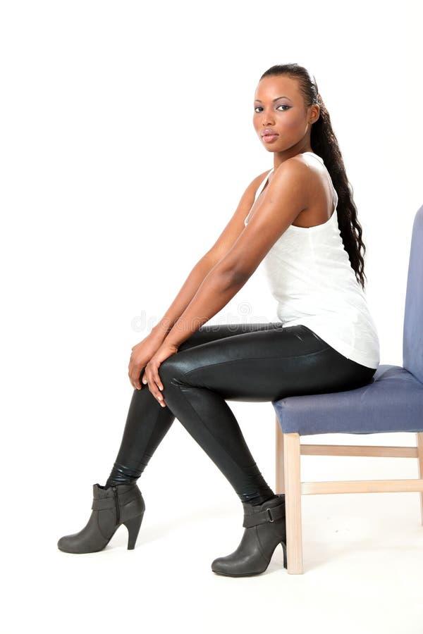Όμορφο μοντέλο μόδας - νέα γυναίκα στοκ φωτογραφία με δικαίωμα ελεύθερης χρήσης