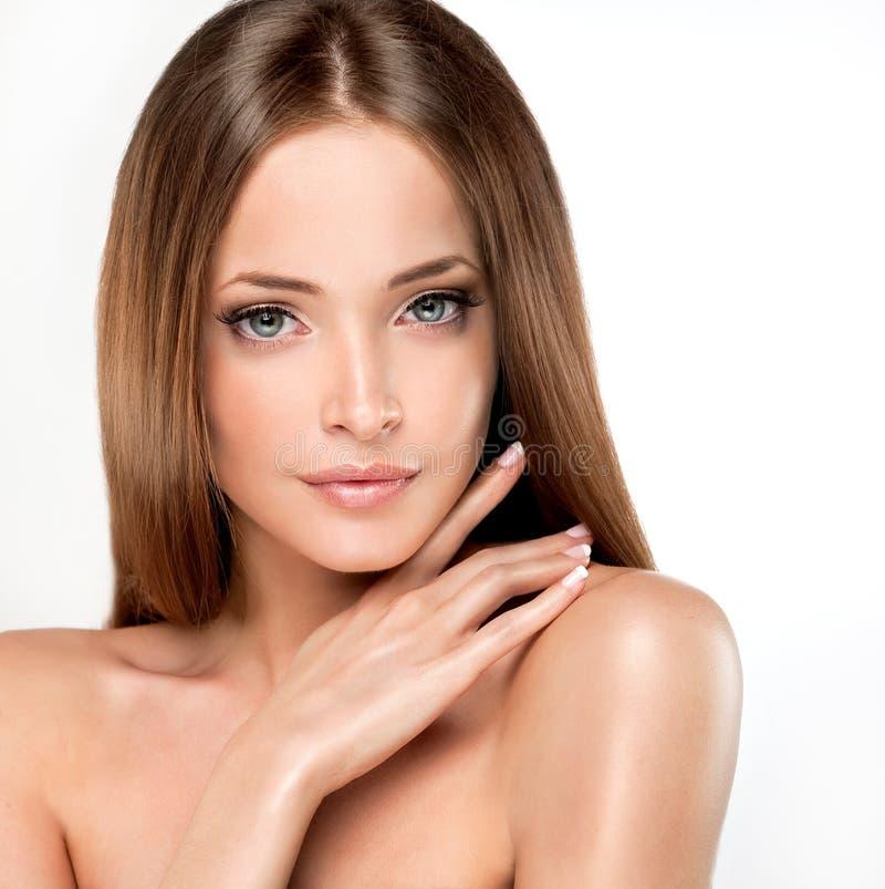 Όμορφο νέο και φρέσκο κορίτσι στοκ φωτογραφίες με δικαίωμα ελεύθερης χρήσης