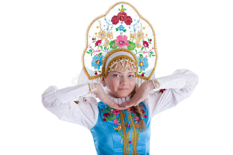 Όμορφο νέο κορίτσι στο kokoshnik που απομονώνεται στοκ εικόνες με δικαίωμα ελεύθερης χρήσης